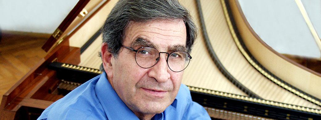 Malcolm Bilson Graf fortepianón<br>Malcolm Bilson on Graf fortepiano &#8221; />                                     </div>                 <h2 class=